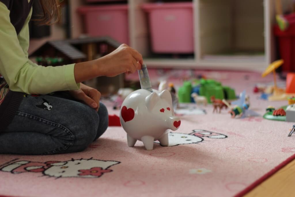 Djeca i financije ili Kad tata otvori banku 2 dio