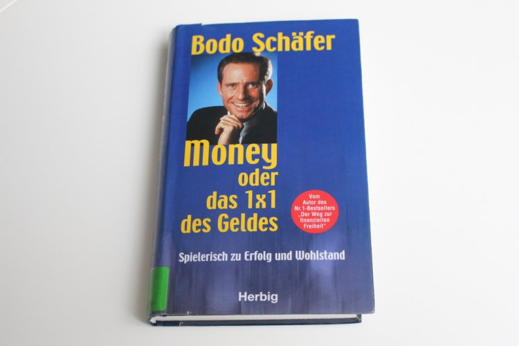 "Knjiga o novcu ""Pas po imenu Money ili 1×1 o novcu"""